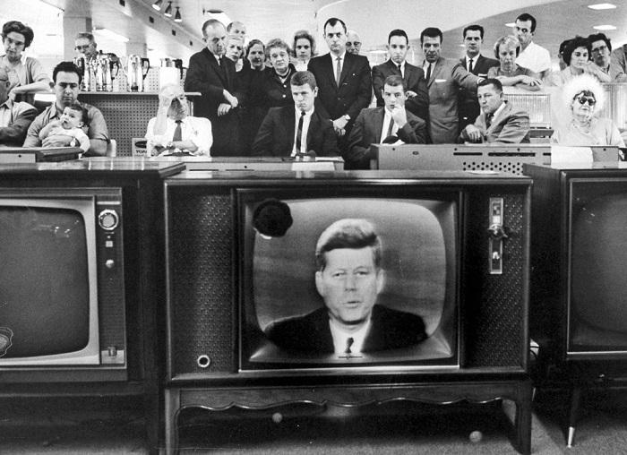 Зачем США в 1970-е разрушили глобальное кейнсианское чудо?