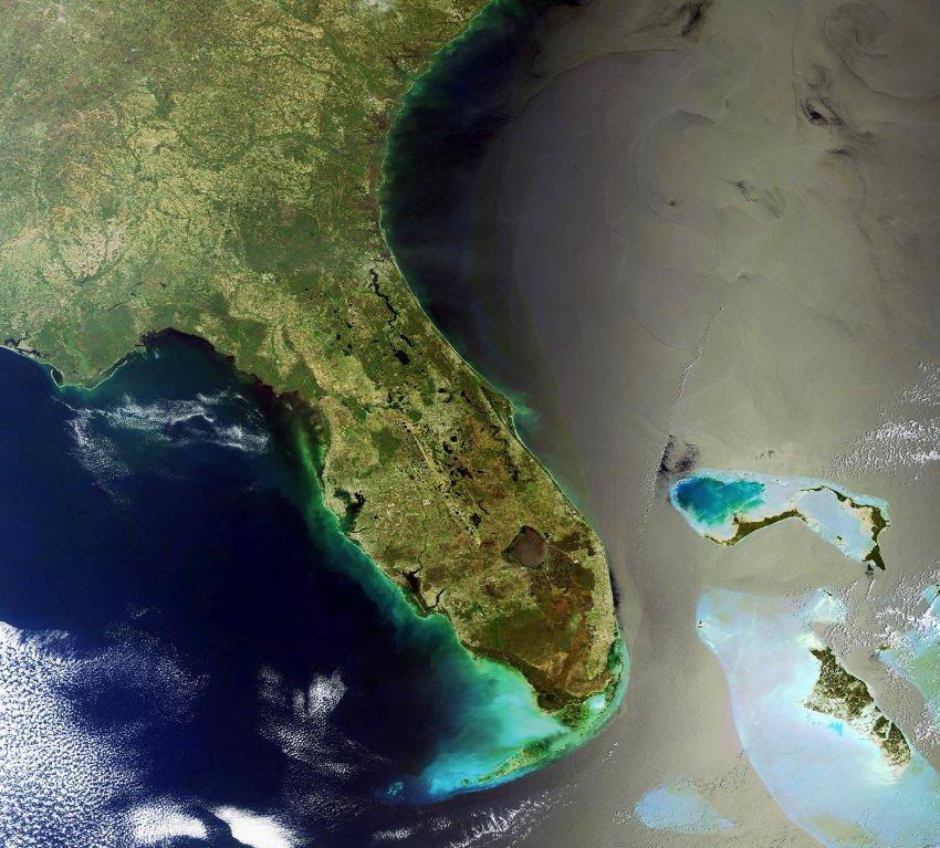 Фото дня: Флорида из космоса
