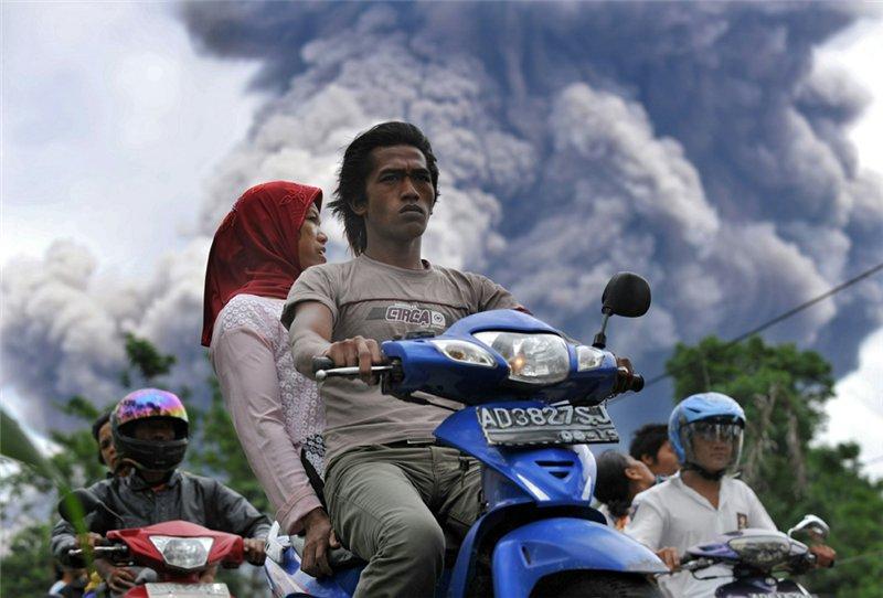 Краткая теория вулканического заговора