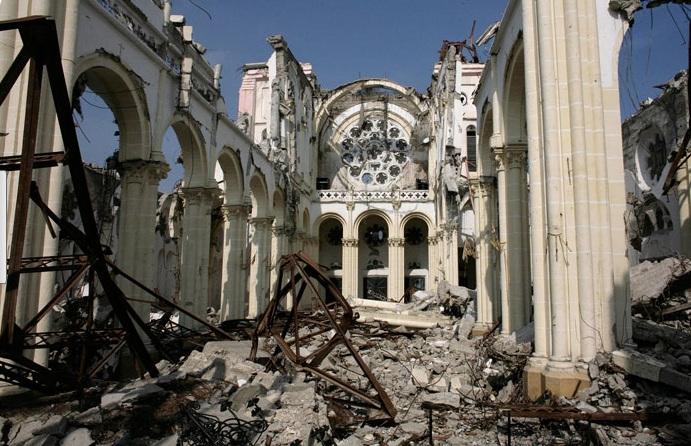 Фото дня: Гаити год спустя после землетрясения