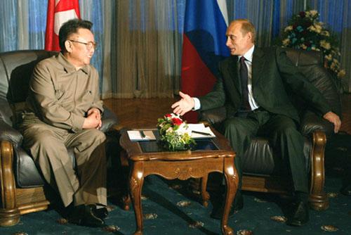Как Путин и Ким Чен Ир ездят с инспекциями по своим владениям