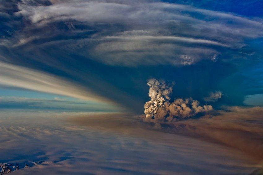 Извержение вулкана Гримсвётн в Исландии признали неопасным
