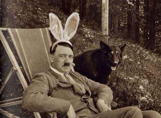 В каком году умер Адольф Гитлер?