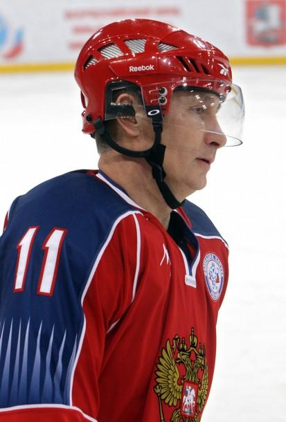 Владимир Путин победил Канаду со счетом 2:1
