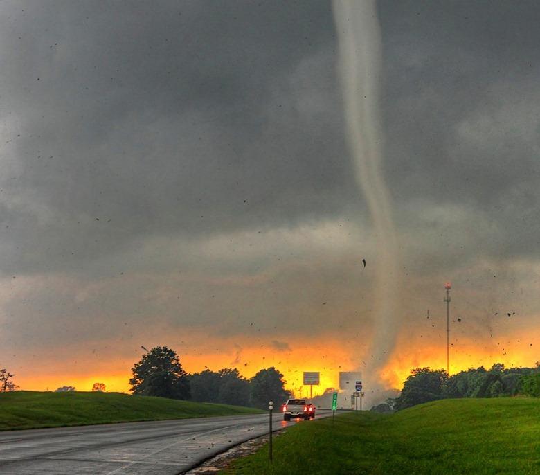 Фото дня: торнадо на Великих равнинах