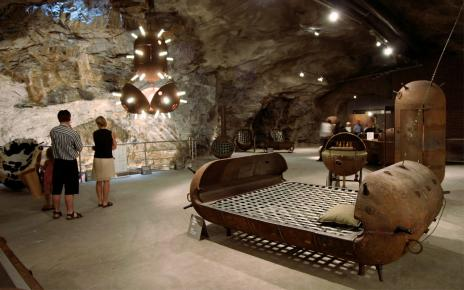 Конверсия по-эстонски: мебель из мин