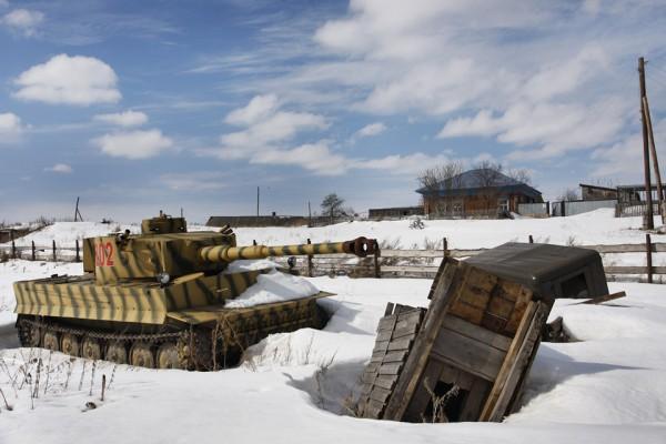 Как россиянин танковый завод в деревне построил