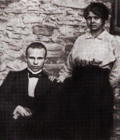 Никита Хрущёв был сыном помещика и поляком?