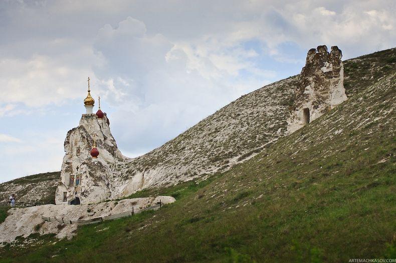 ПРАВОСЛАВНЫЙ ТУРИЗМ В РОССИИ - СВЯТО-СПАССКИЙ МОНАСТЫРЬ