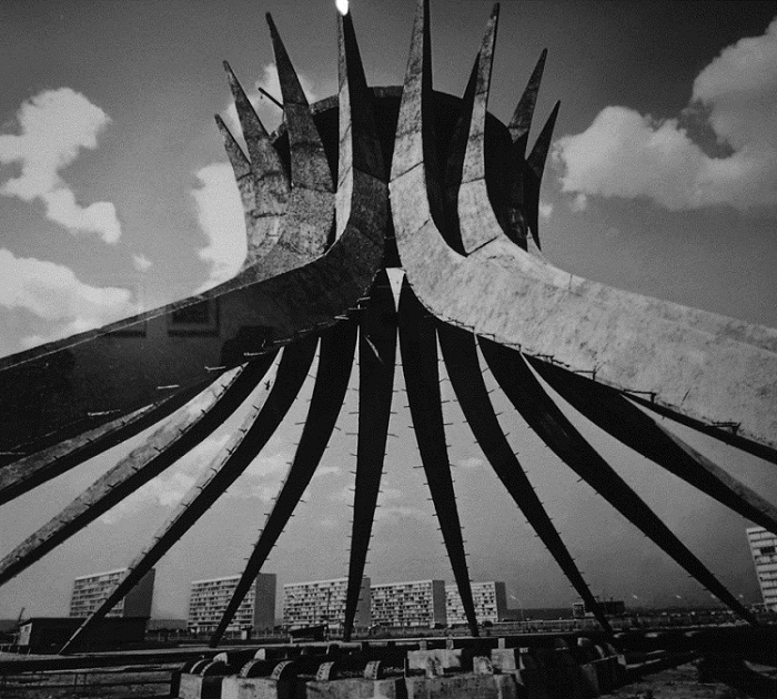 Бразилиа: коммунистический город Оскара Нимейера