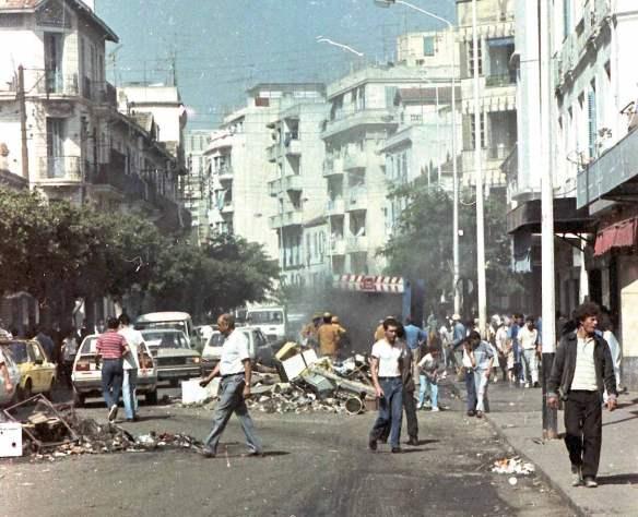 Алжир: почему бюрократии не удалось преодолеть дикость