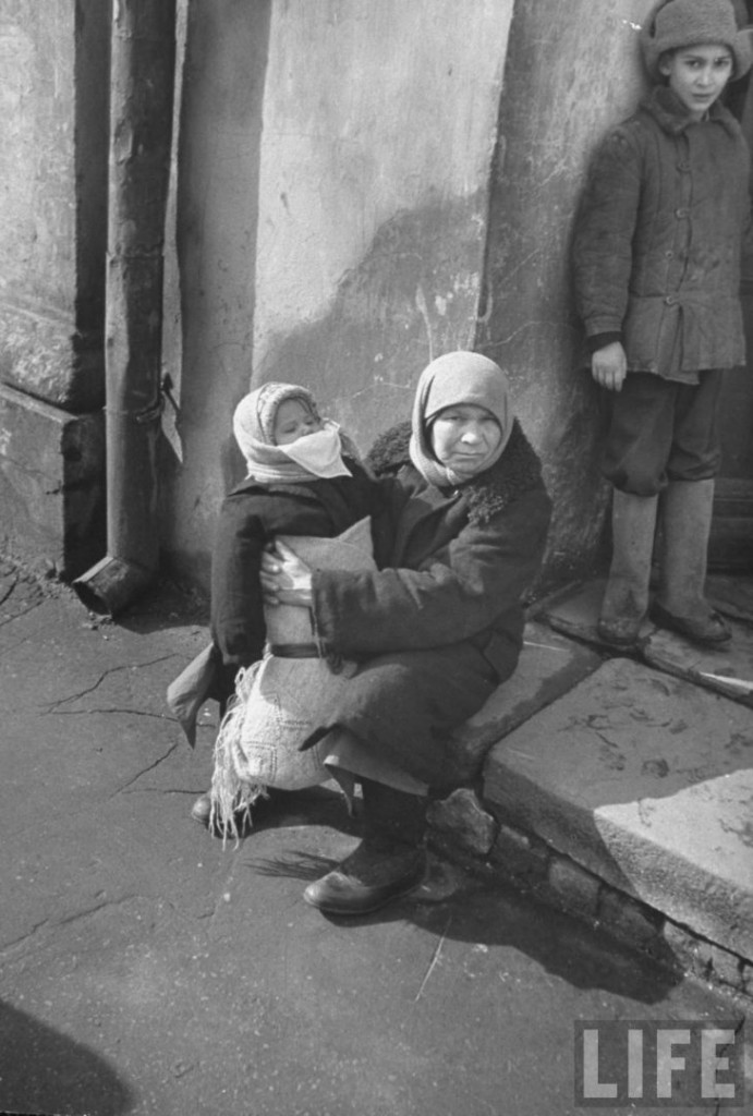 Как при раннем Хрущёве решали проблему нищенства