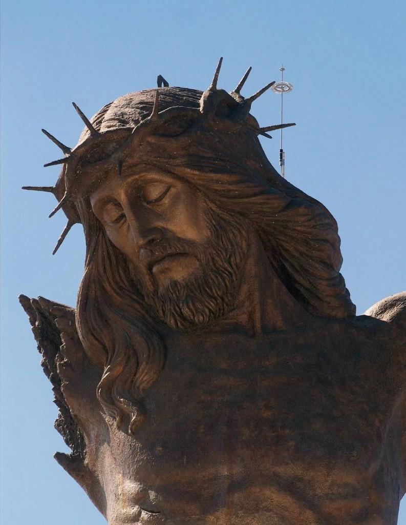 18 самых высоких статуй Христа