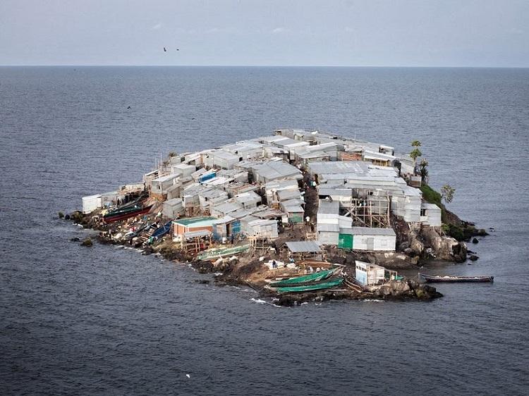 Мгинго – самый густонаселенный остров в мире
