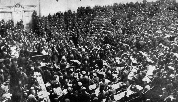 Каким был национальный состав Учредительного собрания