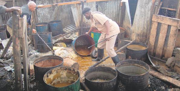 Кенийский самогон чанга и традиционные ценности
