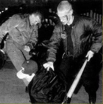 Манежная-1999: первое побоище между скинхедами и прото-антифа