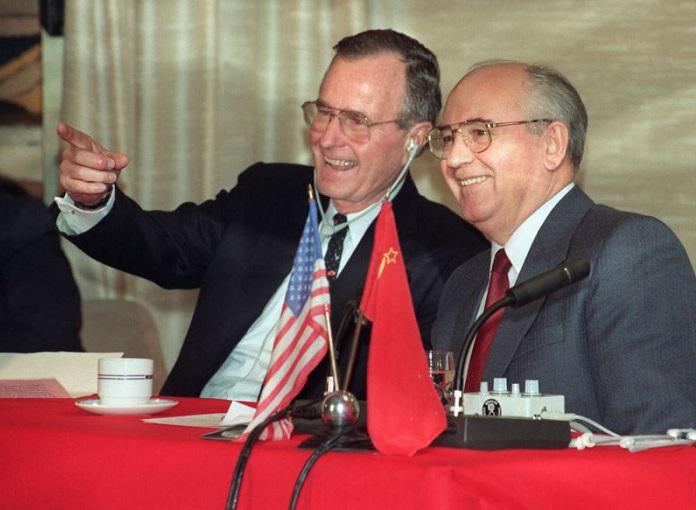 Как Горбачёв отказался войти в ЕС и от союза с США