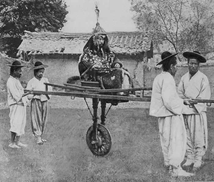 Как японские колонизаторы принесли цивилизацию в Корею