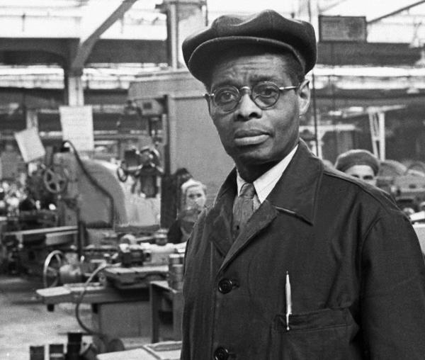 Американский рабочий, негр Робинсон об индустриализации в СССР