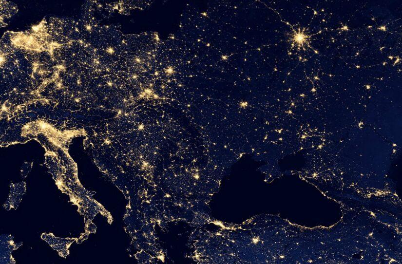 Почему по «закону Ципфа» в России нет третьего мегаполиса