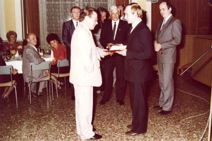Группа «Луч»: Как Путин готовил демократический переворот в ГДР