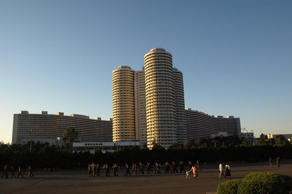 свои жилые массивы пхеньяна фотографии инициатор запроса